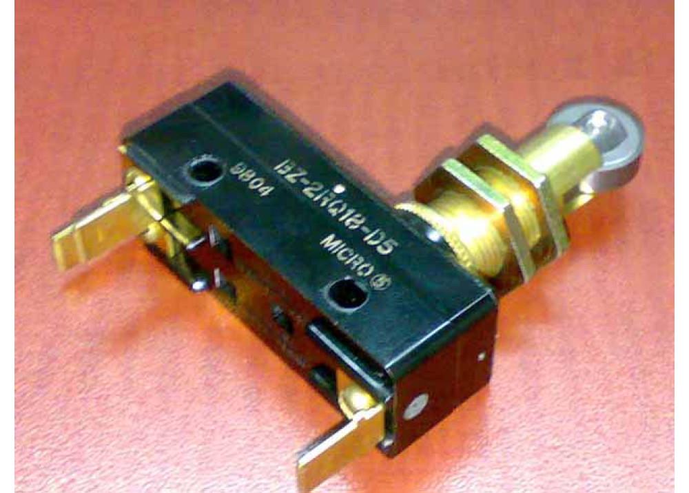 LIMIT SWITCH SNAP ACTION BZ-2RQ18-D5 15A 250V AC 3P