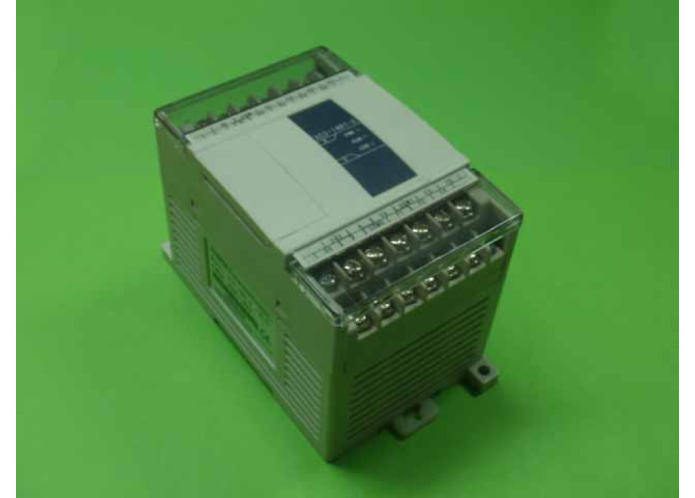 PLC xinje  XC1-16R-E  Power Rated voltage:220AC,8 point input,voltage:24VDC,8 point output,Relay output