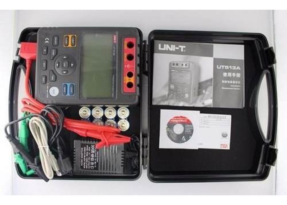 UNI-T Insulation Resistance Tester Megohmmeter UT513A