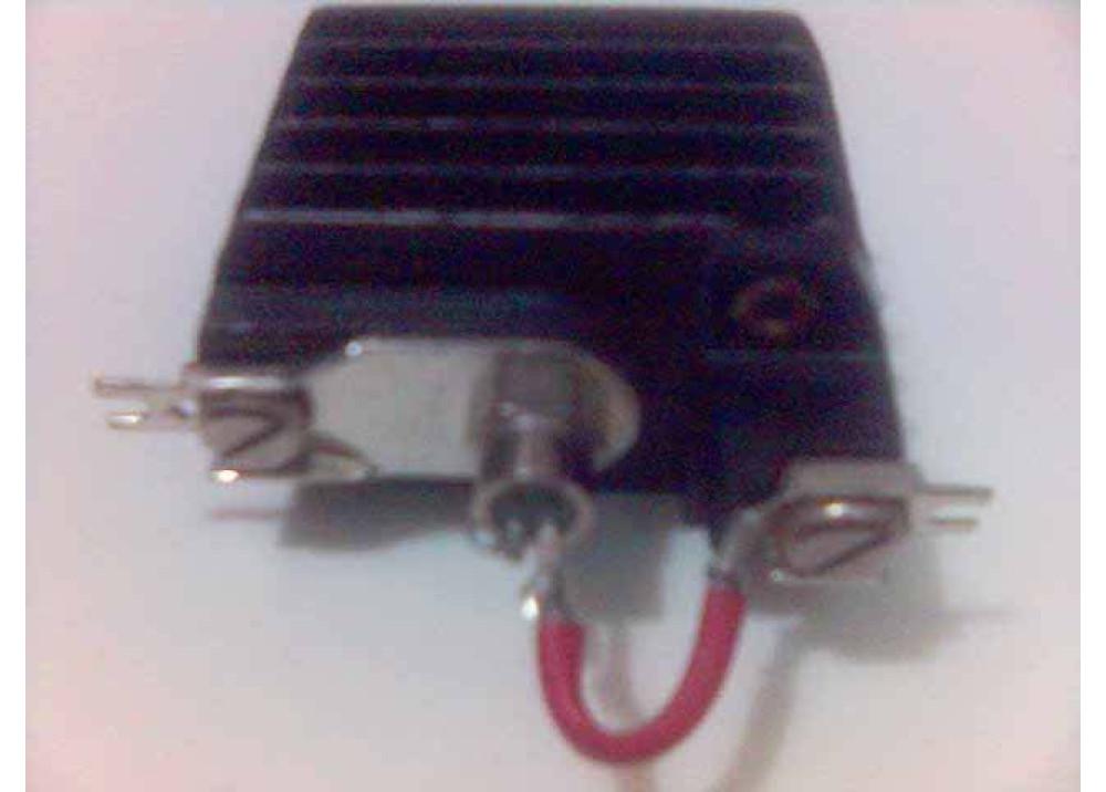 BSTD0326S6 16A 400V 2.5V 0.03A